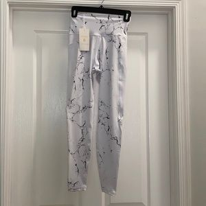 Buff Bunny collection leggings brand new w/ tags